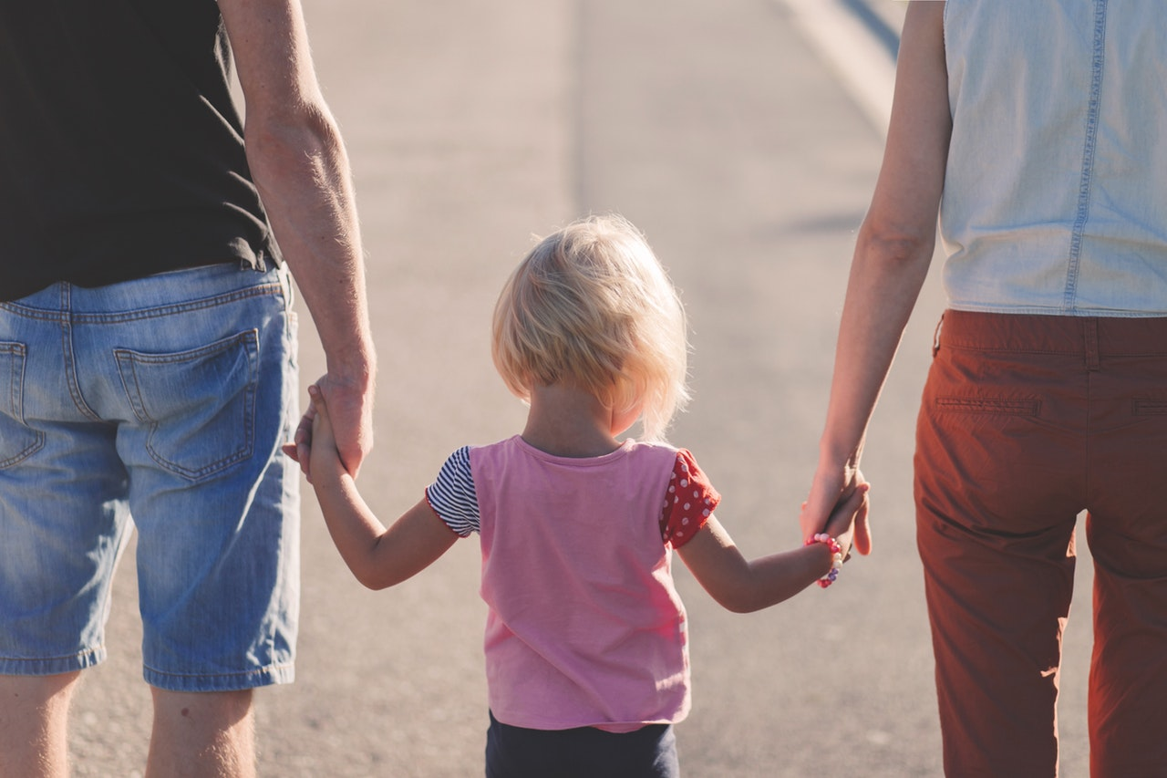 Helping Your Child Through a Divorce: A Parent's Guide